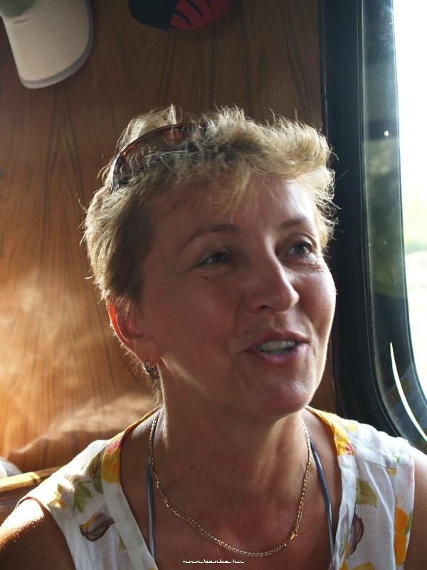 Piroska, a fõzés irányítója fotó