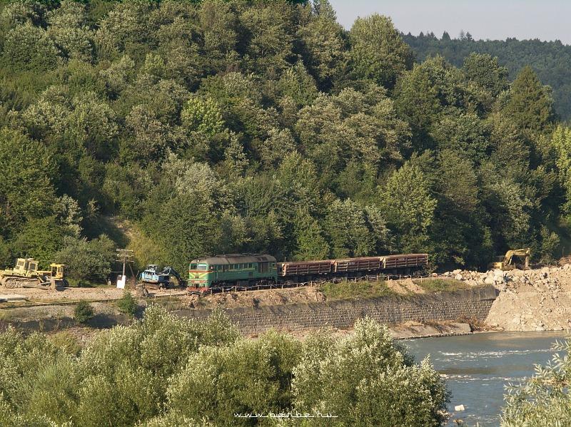 M62 1456 Deliyatin és Dobrotov között segít a pálya helyreállításában fotó