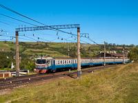 Az UZ ER2 638 Volóc állomáson