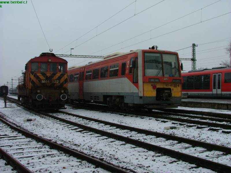63-41 013-8 és M44 522 Szegeden fotó