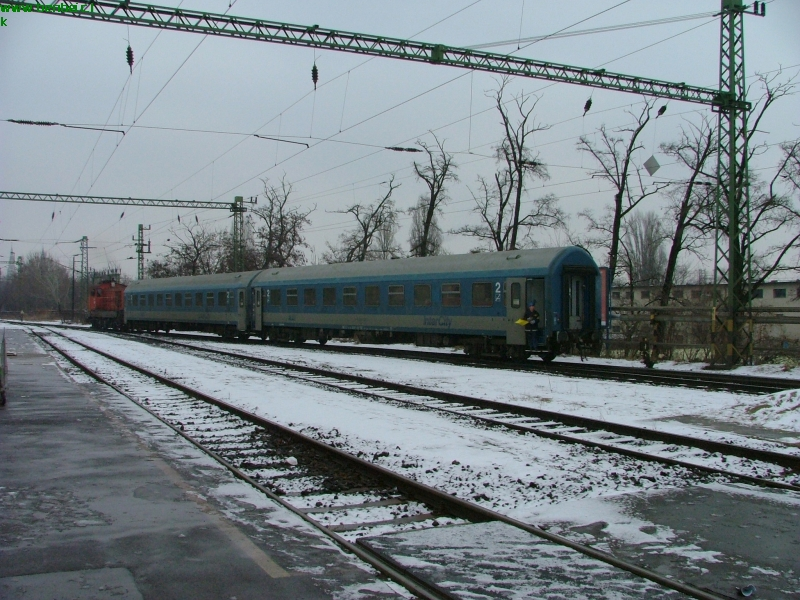 The M44 522 at Szeged station photo