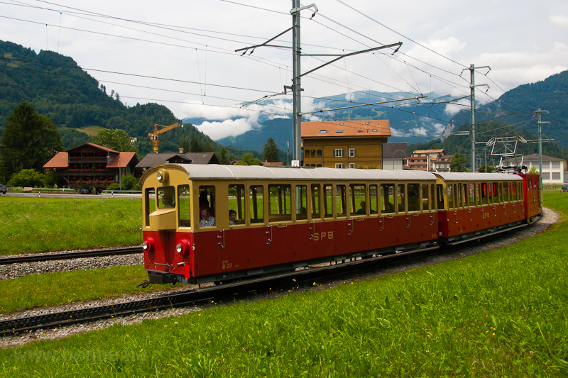 The Schynige Platte-Bahn He 2/2 13 seen between Wilderswil and Rotenegg photo