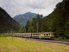 A Berner Oberlandbahn ABeh 4/4 I  304 Sandweid állomáson (forgalmi kitérőben)