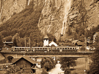 A Wengernalpbahn BDhe 4/4 108 Witimatte és Lauterbrunnen között