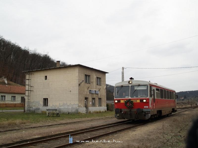 Bzmot 406 Királd állomáson fotó