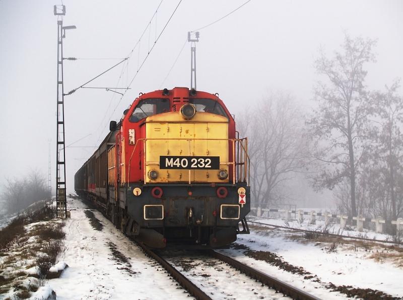 M40 232 Jászberényben fotó