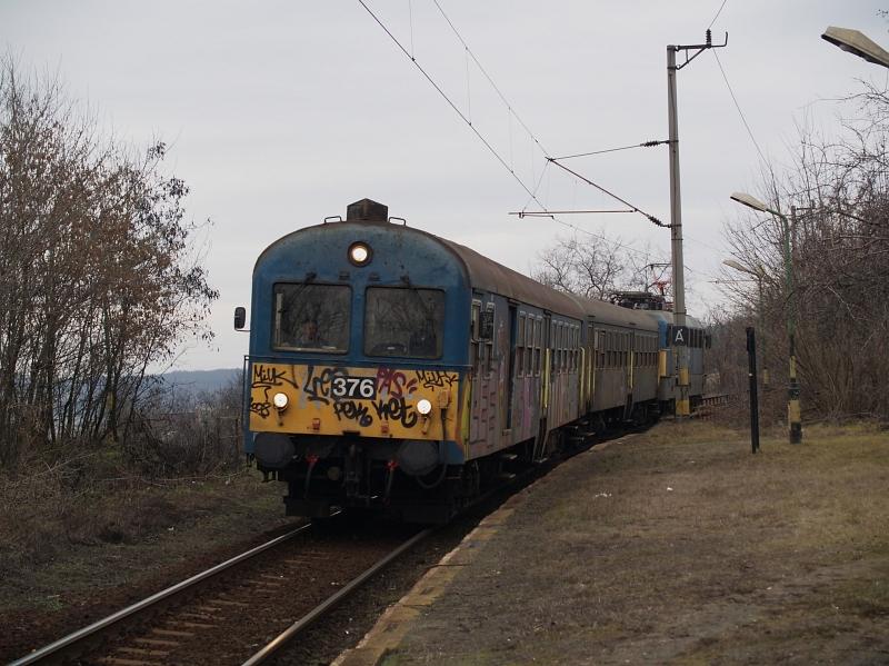 BDt 376 Kisnémedi megállóhelyen fotó