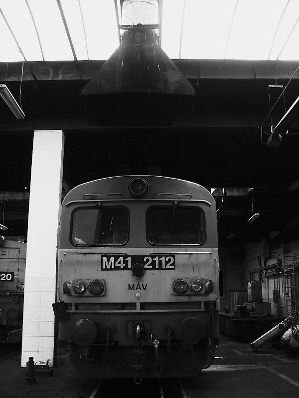 M41 2112 a hatvani fûtõházban fotó