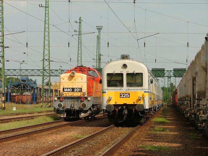 M40 201 és BDt 325 Hatvanban fotó