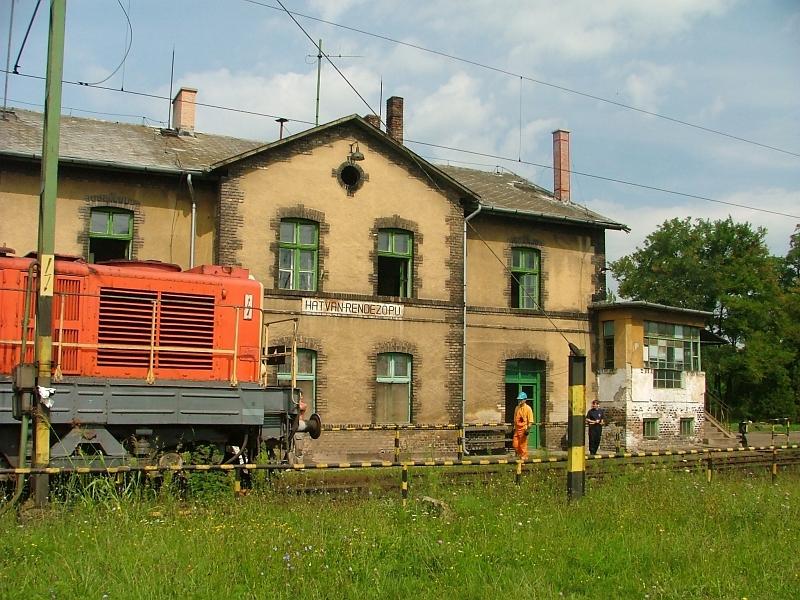 Hatvan-Rendezõ felvételi épülete fotó