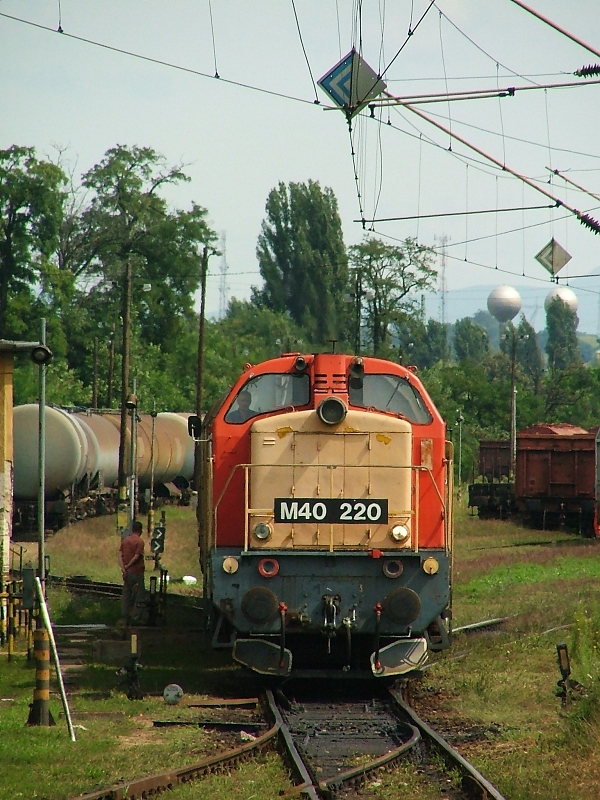 18+ M40 220 at Hatvan-Rendezõ photo