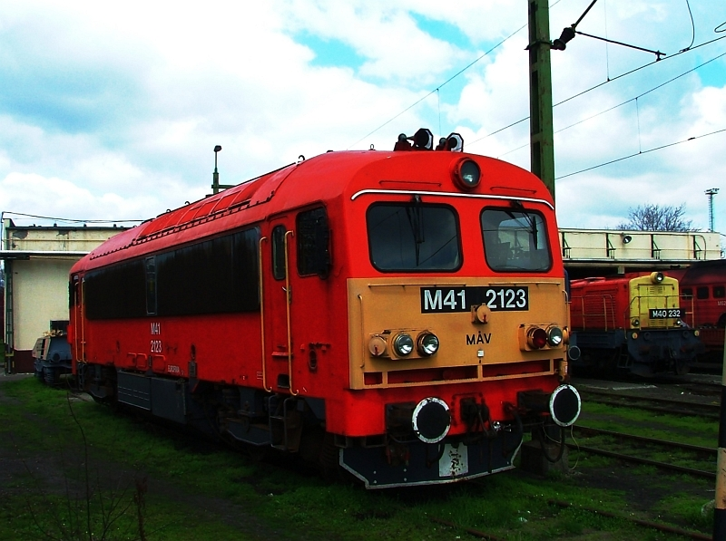 M41 2123 a hatvani fûtõházban fotó