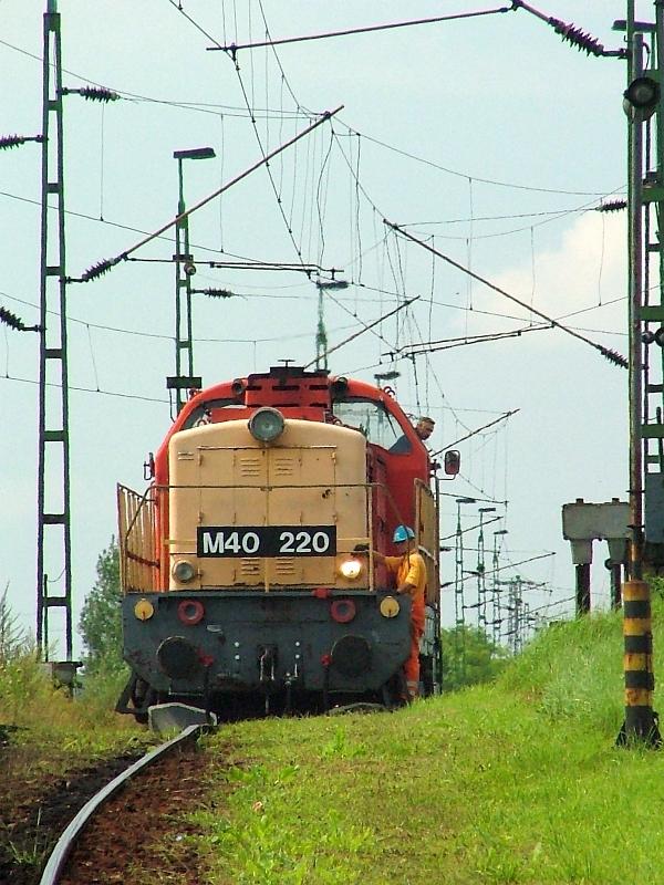 M40 220 Hatvan-Rendezõben fotó