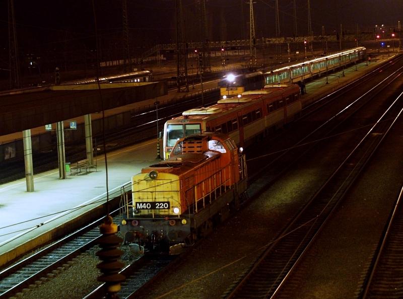 M40 220 Hatvanban fotó
