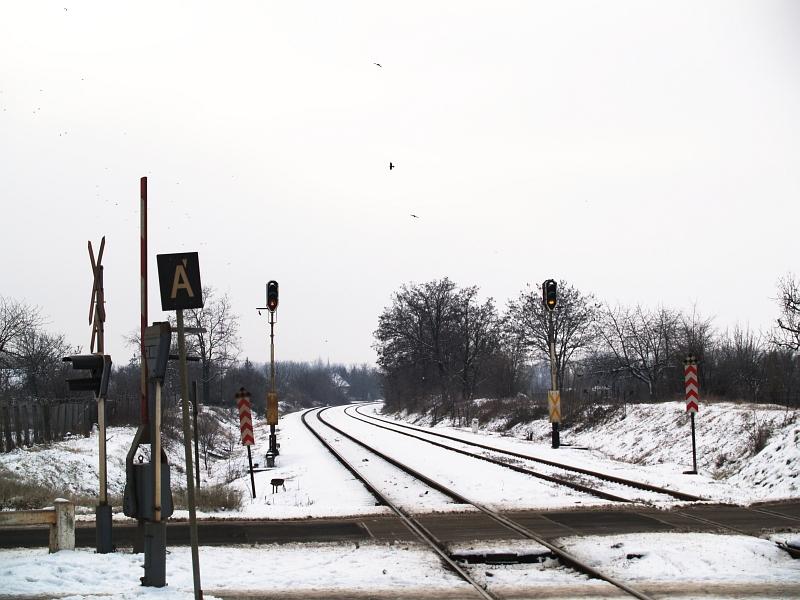 Térközjelzõk Lõrincinél fotó