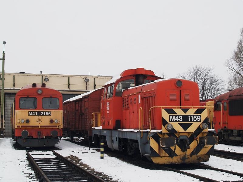 M41 2156 és M43 1159 Hatvanban fotó