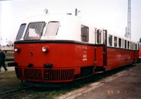 The Árpád fast diesel railcar at Hatvan