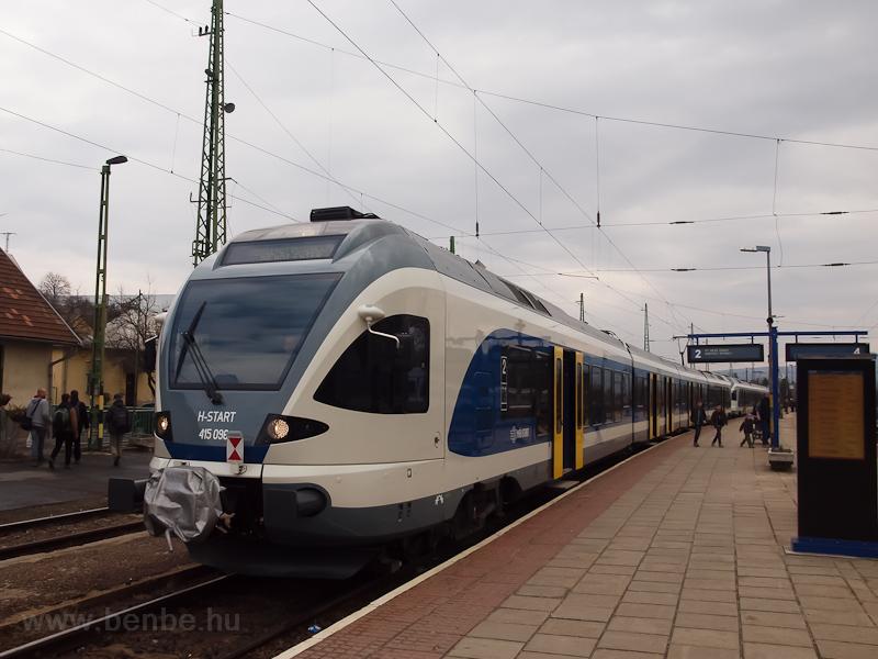 The MÁV-START 415 096 seen  photo