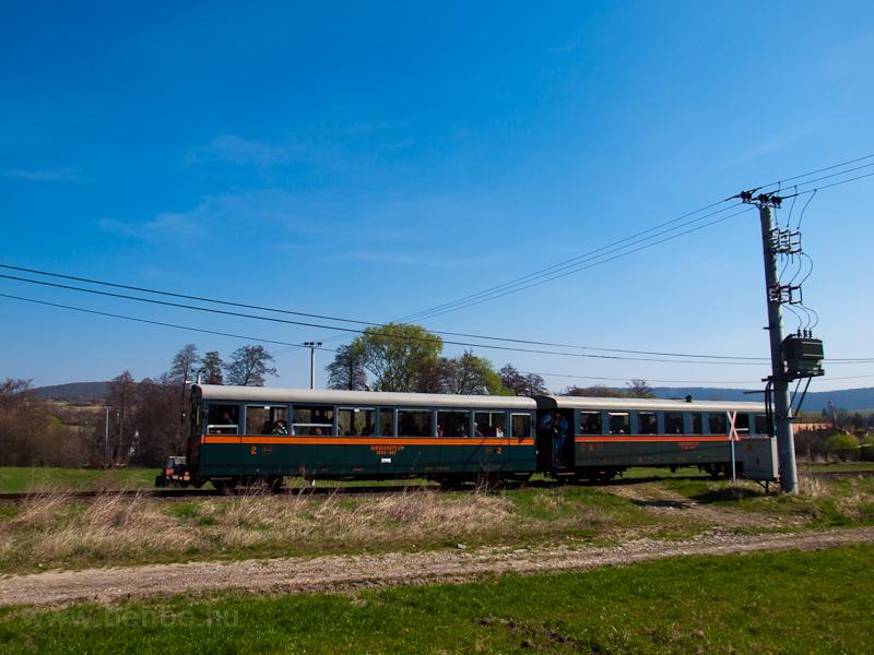 A Királyréti Erdei Vasút M 06 401 Szokolya-Riezner és Paphegy között fotó