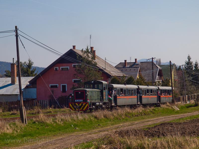 A Királyréti Erdei Vasút Mk48 2014 Szokolya-Riezner és Paphegy között fotó