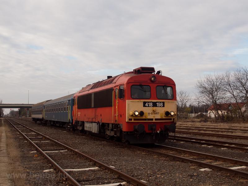 A MÁV-START 418 198 Orosháza állomáson fotó