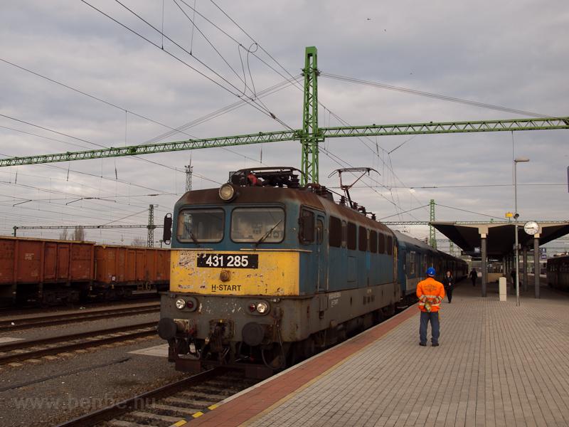 A MÁV-START 431 285 Békéscsaba állomáson fotó