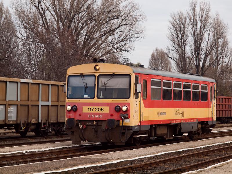 A MÁV-START 117 206 Orosháza állomáson fotó