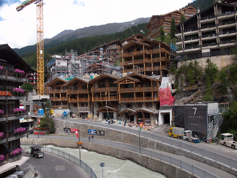 Építkezések a Mattervispa m fotó
