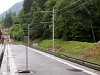 A Martigny-Chatelard vasút (mc) Le Châtelard-Frontière állomásán történik az átállás alsóvezetékesről felsővezetékre a svájci szakasz végén, a határ előtt