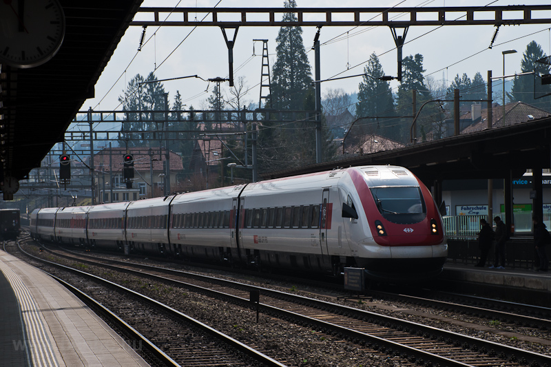 The SBB-CFF-FFS RABDe 500 0 picture