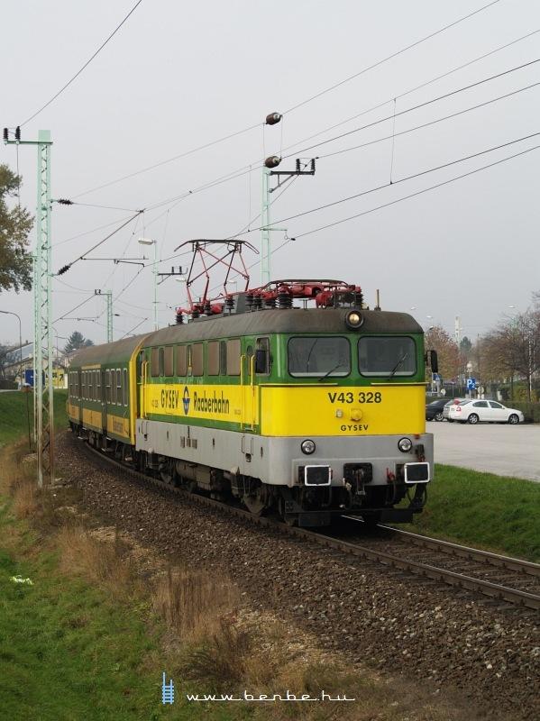 V43 328 Lajtaújfalun fotó