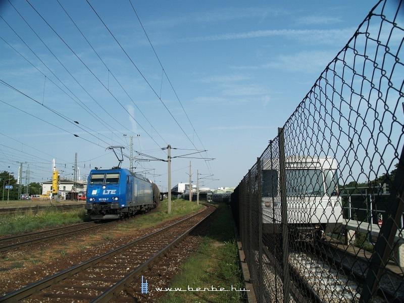 Az LTE 185 528-7 tartályvonattal Wien Hütteldorfon fotó