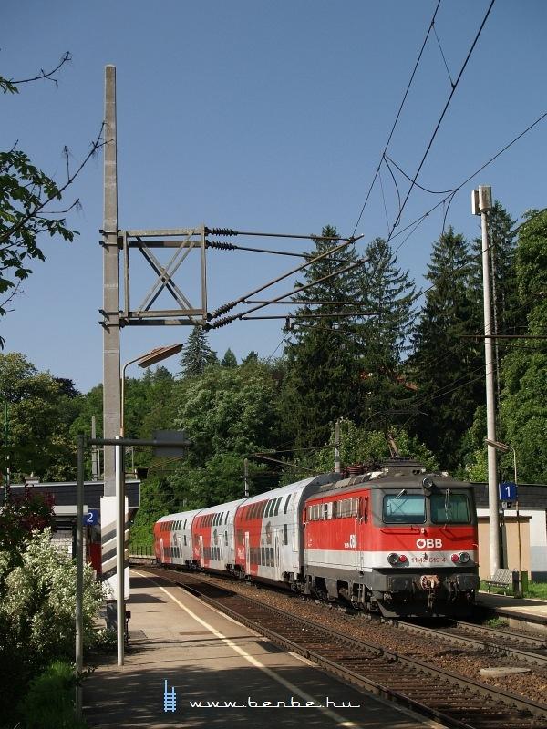 1142 619-4 Eichgraben-Altlengbach megállóhelyen fotó