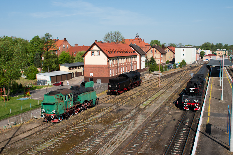 The PKP Ol49 69 and two oth photo