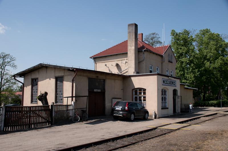 Wloszakowice station photo