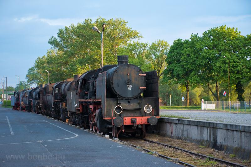 Steam locomotive ruins at W photo