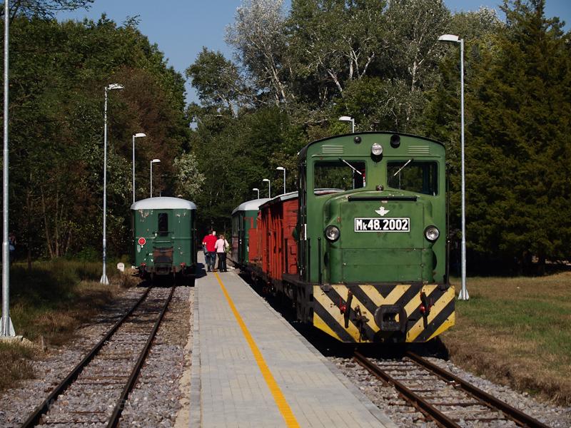 Vonattalálkozás Hármashegyalján fotó