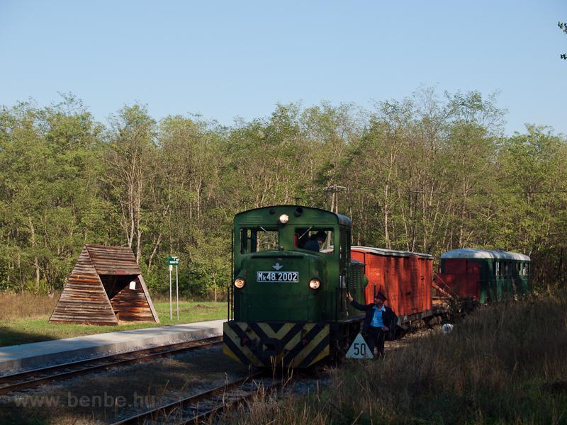 Mk48,2002 Sámsoni út megálló-rakodóhelyen fotó