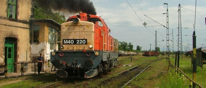 MÁV M40 sorozatú dízelmozdony